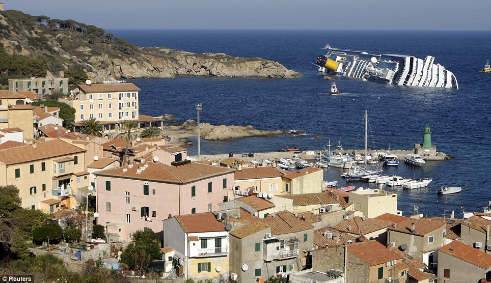 COSTA CONCORDIA_Grounding_Article_Fortunes_de_Mer-21022012 (10)
